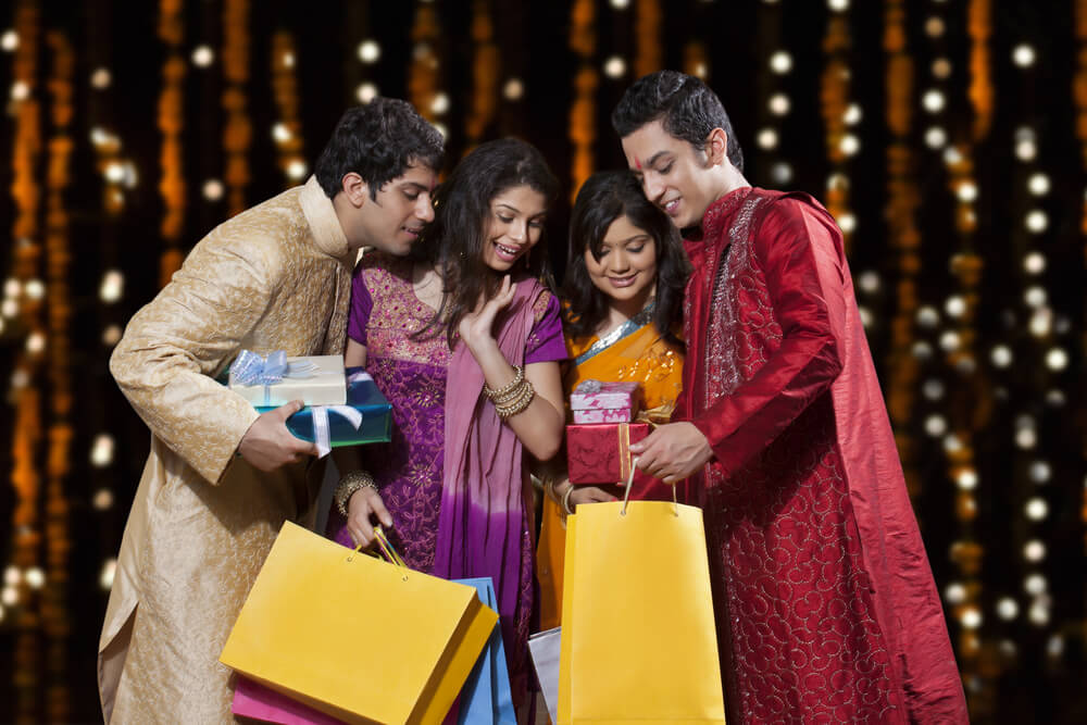 Bookmark These Websites For Your Diwali Shopping